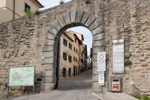 Porta S. Agostino, Cortona