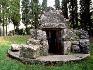 Tanella di Pitagora, Cortona - Storia della città | Cortonaweb